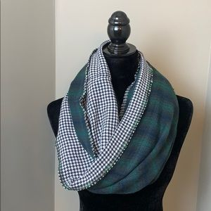 LOFT plaid navy Infiniti scarf check plaid